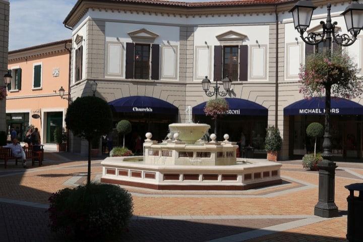 Tour privato assaggio vini nel Veneto con Isabella Bariani, guida professionale di Venezia