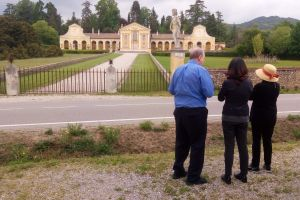 Mainland tours - Villa Barbaro by Palladio, guided day excursion with Isabella Bariani
