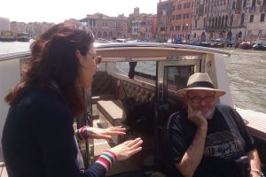 Private boat tour, customized service with Isabella Bariani professional guide in Venice
