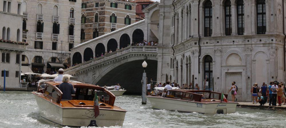 Trasporto privato a Venezia, servizio di trasferimento su misura