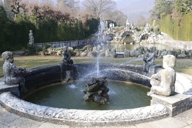 Fontana in Villa Barbarigo. Tour spirituale sui colli Euganei con Isabella Bariani, guida professionale di Venezia