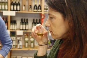 Olive oil tasting, gourmand tour with Isabella Bariani, Venice outskirts