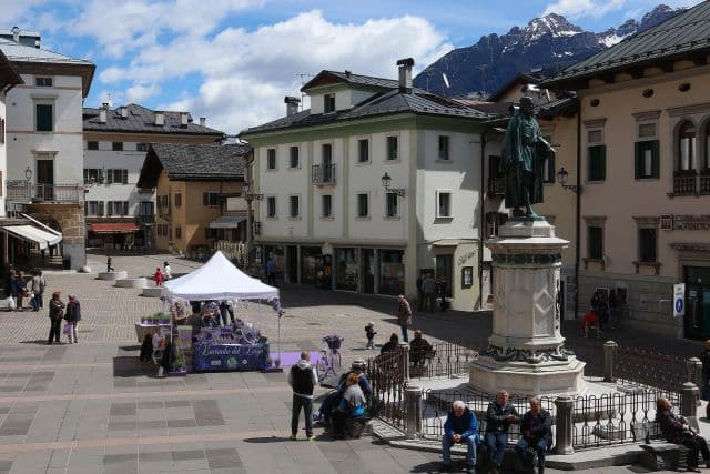 Pieve di Cadore main square, Dolomites day tour with Isabella Bariani professional guide in Venice
